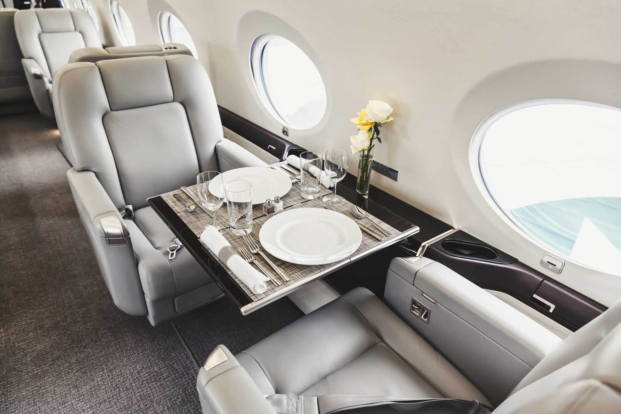 What Is The Difference First Class Vs Business Class Fine Airport Parking